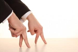 sleeve--finger--walking--gestures_3262921